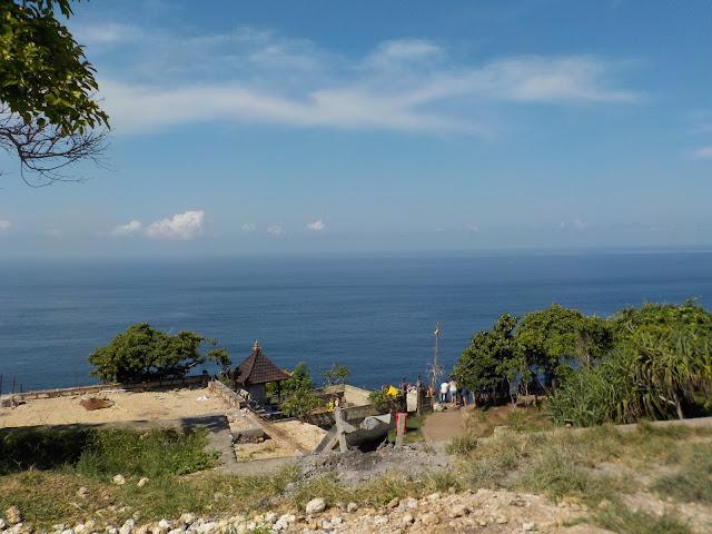 Kelingking Cliff Nusapenida