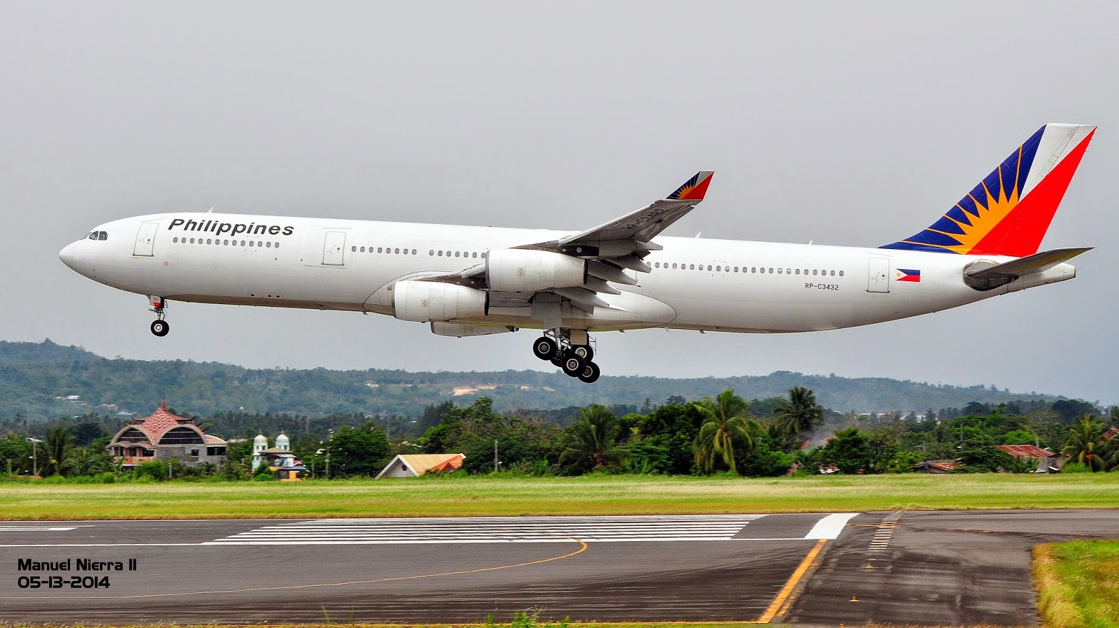 Philippines and Canada signs new Air Services Agreement ...  Philippines and...
