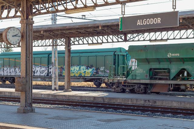 anden, andenes, vagón, vagón abandonado, estación, estación de trenes, estación abandonada, Algodor