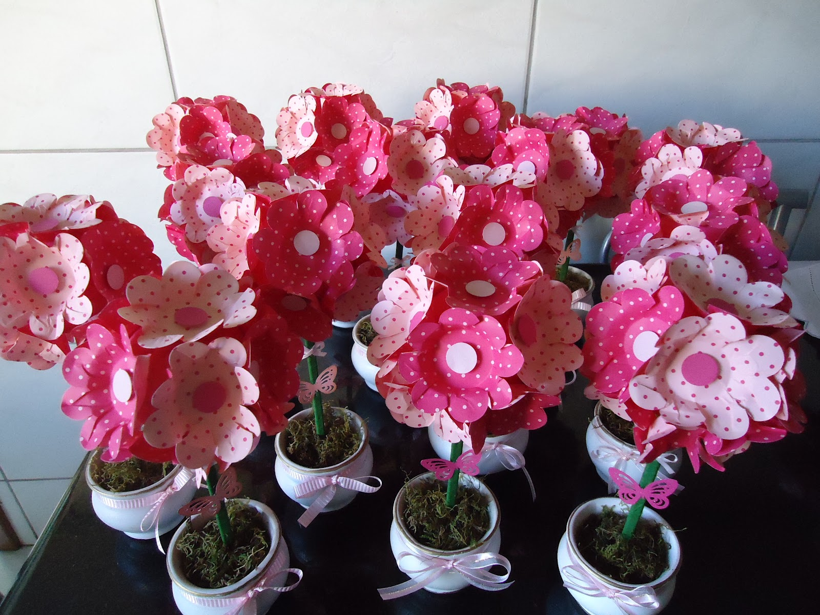 DANI ARTDECOR Mais enfeites de mesa, rosa e pink  -> Decoração Mesa Outubro Rosa