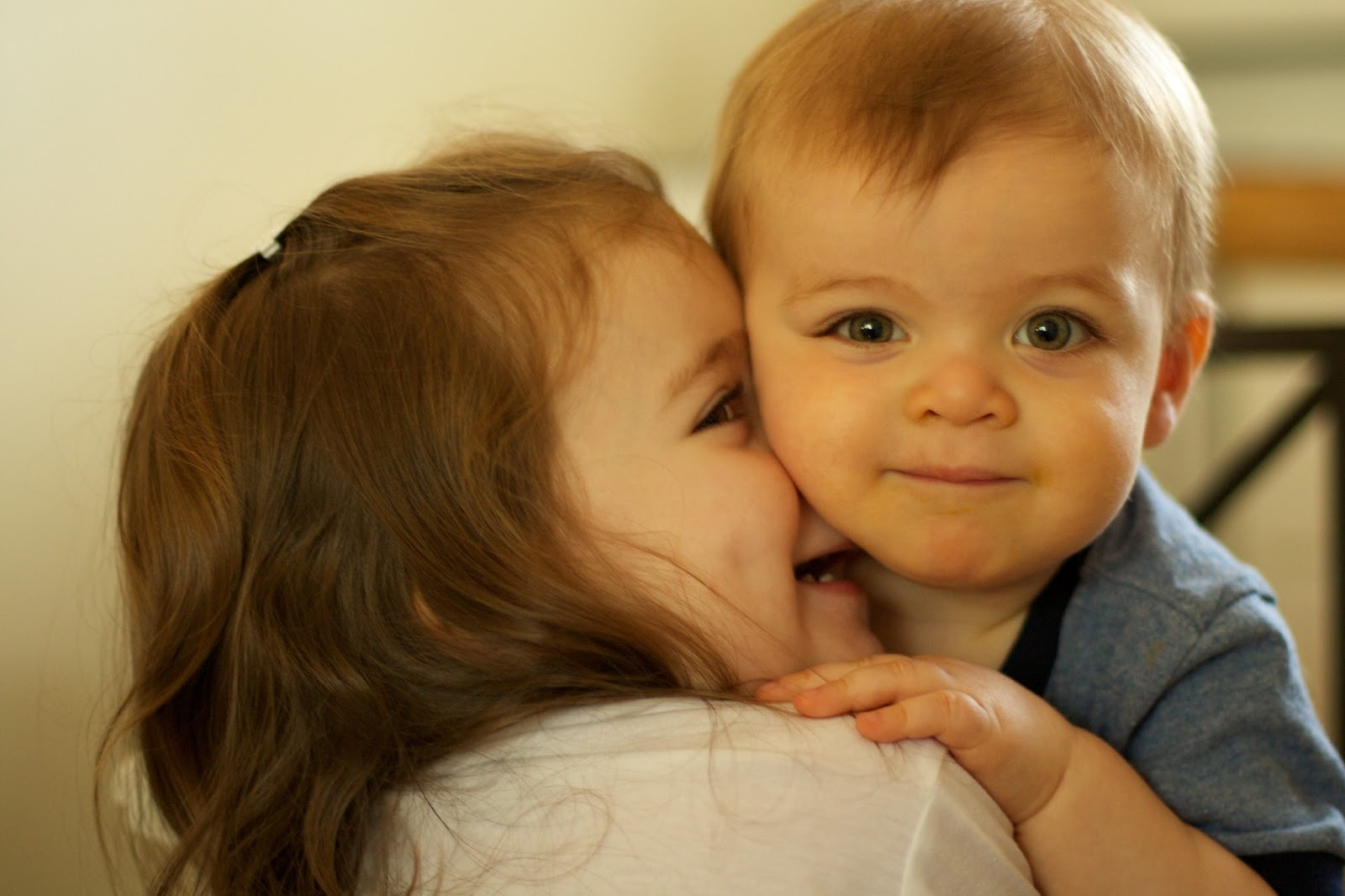 Love Couple Wallpaper Hd 1080p Free Download 53 Find: HD Wallpapers Fine: Baby Couple Kissing High Resolution Hd