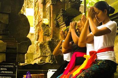 Mantra Pengukuhan Sumpah Dalam Agama Hindu