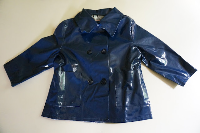 "un nouveau ciré ""Skaï , la mode au futur"" pour môme  vintage 70s navy blue raincoat , double breasted"