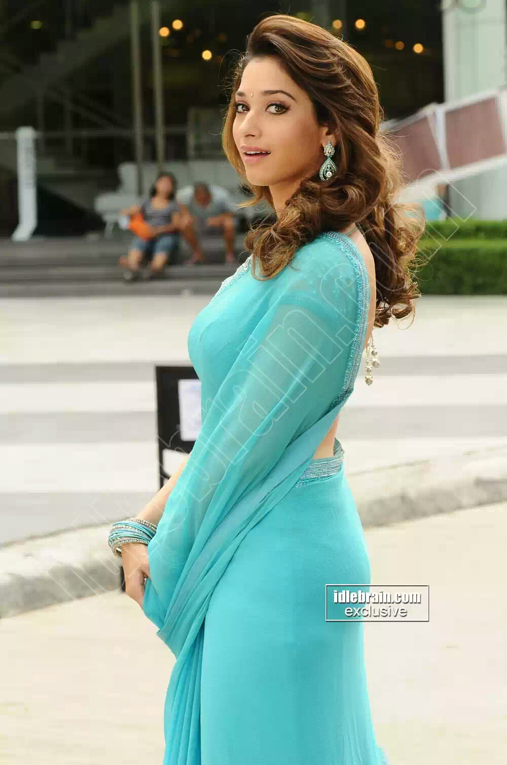 Tamanna Blue Saree: TAMILACTRESS2020.BLOGSPOT.IN: Tamanna Hot Side View Of