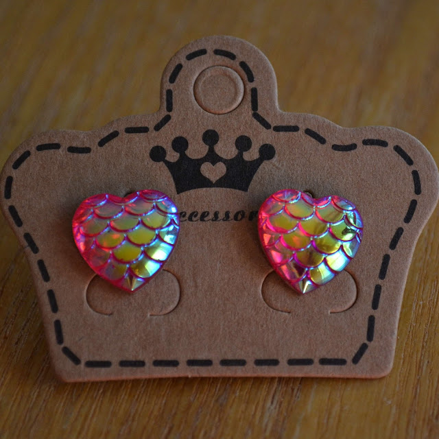 heart mermaid scale earrings