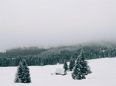 3 rzeczy które warto zabrać zimą w góry