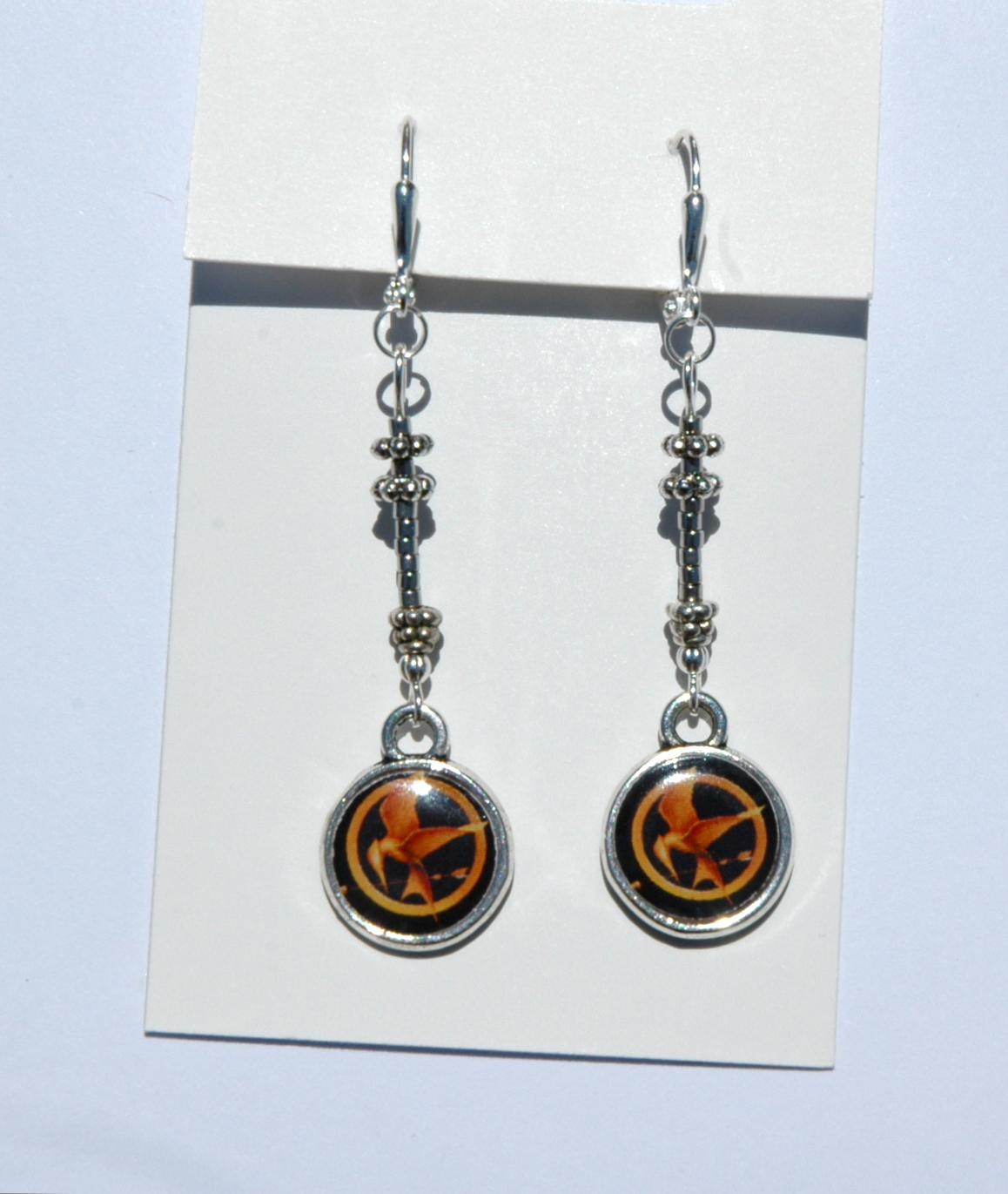 Make Your Own Charm Bracelets: Hunger Games Lessons: DIY: Create Your Own Hunger Games