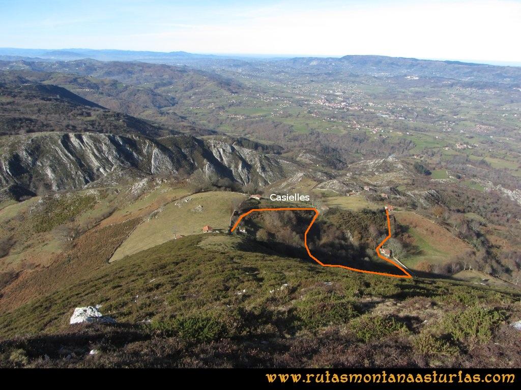 Pico Mua PR AS 46 Bajando a Casielles