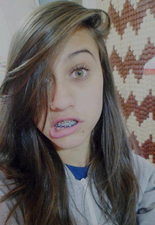 voc202 acha essa menina a mais bonita do facebook portal