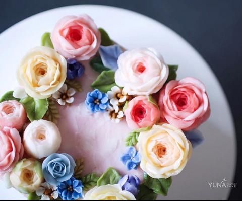 yunaflowercake