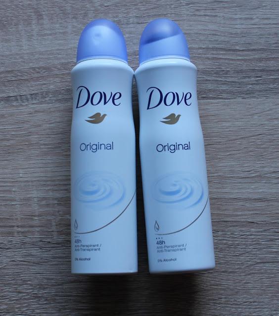 twee deodorantbussen