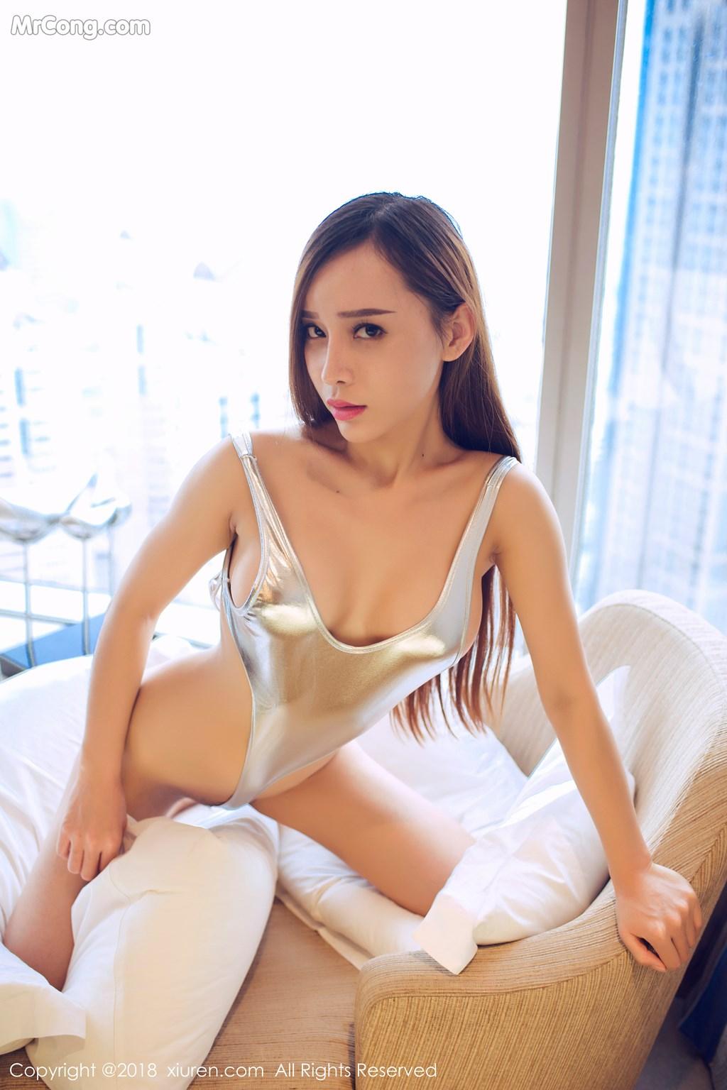 Image XIUREN-No.946-Ai-Xiao-Qing-MrCong.com-040 in post XIUREN No.946: Người mẫu Ai Xiao Qing (艾小青) (46 ảnh)