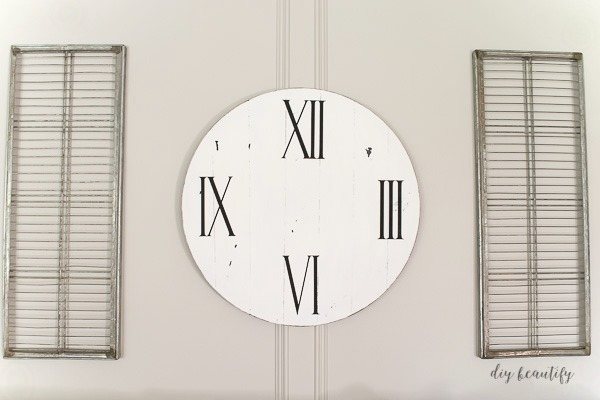 farmhouse clock DIY