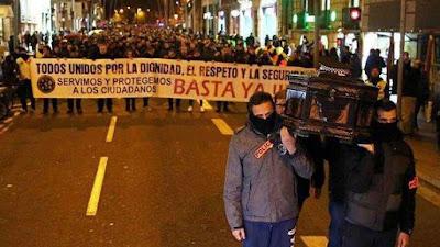 Resultado de imagen de manifestacion mossos d'esquadra