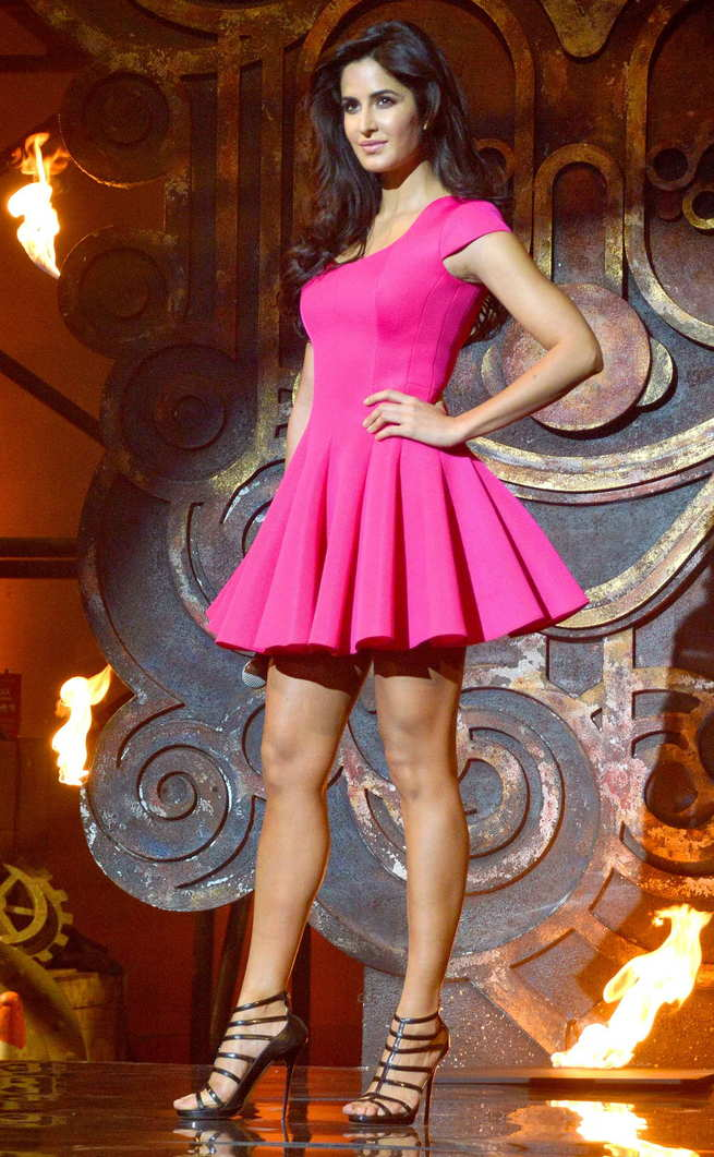 Katrina Kaif feet, Katrina Kaif hot legs, Katrina Kaif thunder thighs