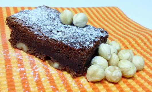 Brownie com avelãs