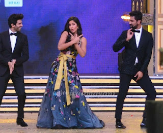 Katrina, Vicky Kaushal and Kartik Aaryan sizzling performance at the Zee Cine Awards 2019