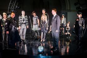 William Blake, Richard Walshe & chorus - Handel's Alcina - Royal Academy Opera - photo Robert Workman