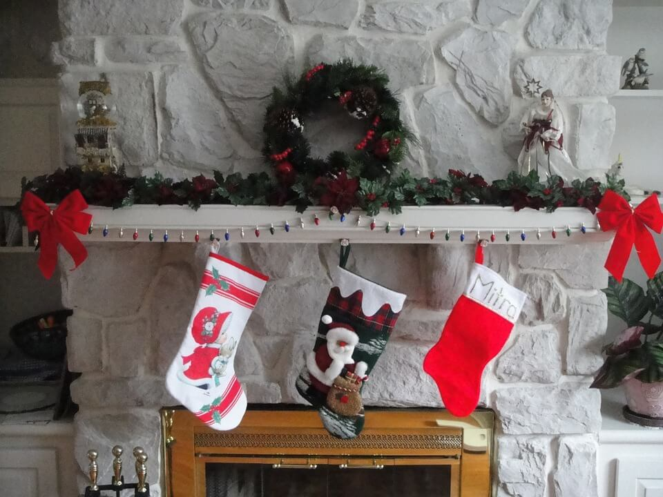 DIY Gifts - Using Old Jeans to Make Christmas stocking