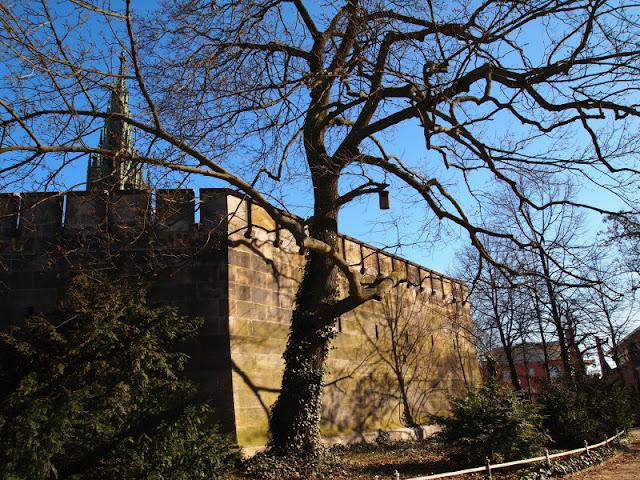 Frühlingsgefühle, Kreuzberg, Nationaldenkmal, Berlin