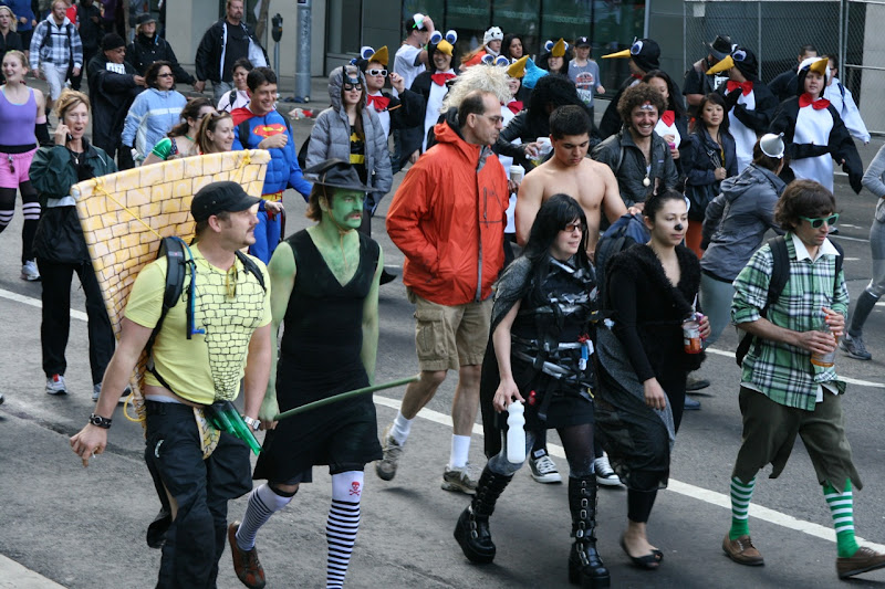Bay to Breakers Wizard of Oz costumes