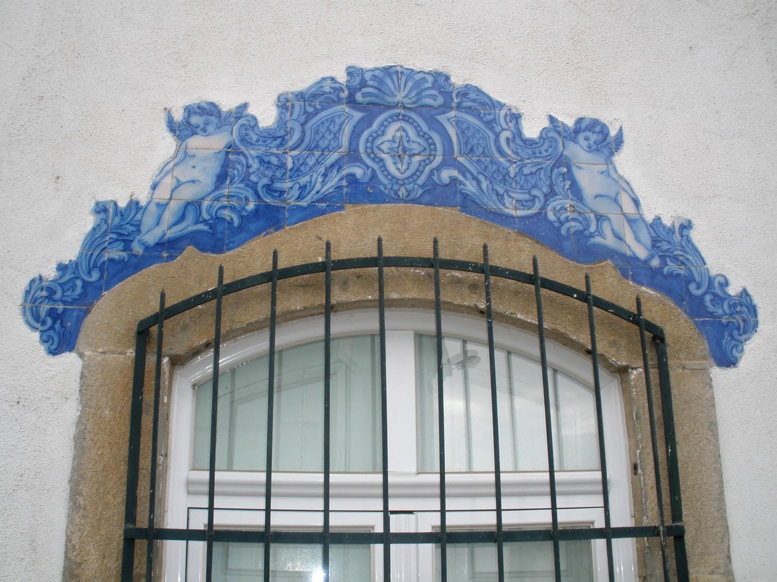 As coisas de que eu gosto azulejos da casa do conde de pinhel for Azulejos conde