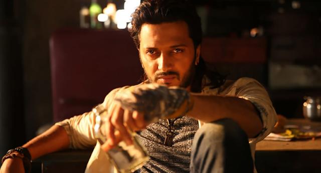 Ritesh deshmukh banjo film holding glass of drink