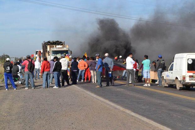Vecinos anuncian corte de la RN 11 si Vialidad Nacional no resuelve la situación de los Barrios Ángel de la Guarda, Mapic y Aromitos