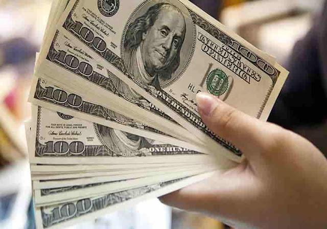 Mafias del dólar paralelo ya lo venden 2 millones y medio