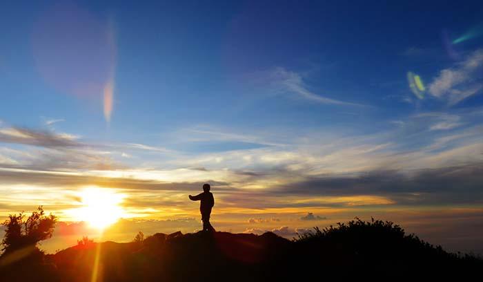 Senja di Ujung Merbabu