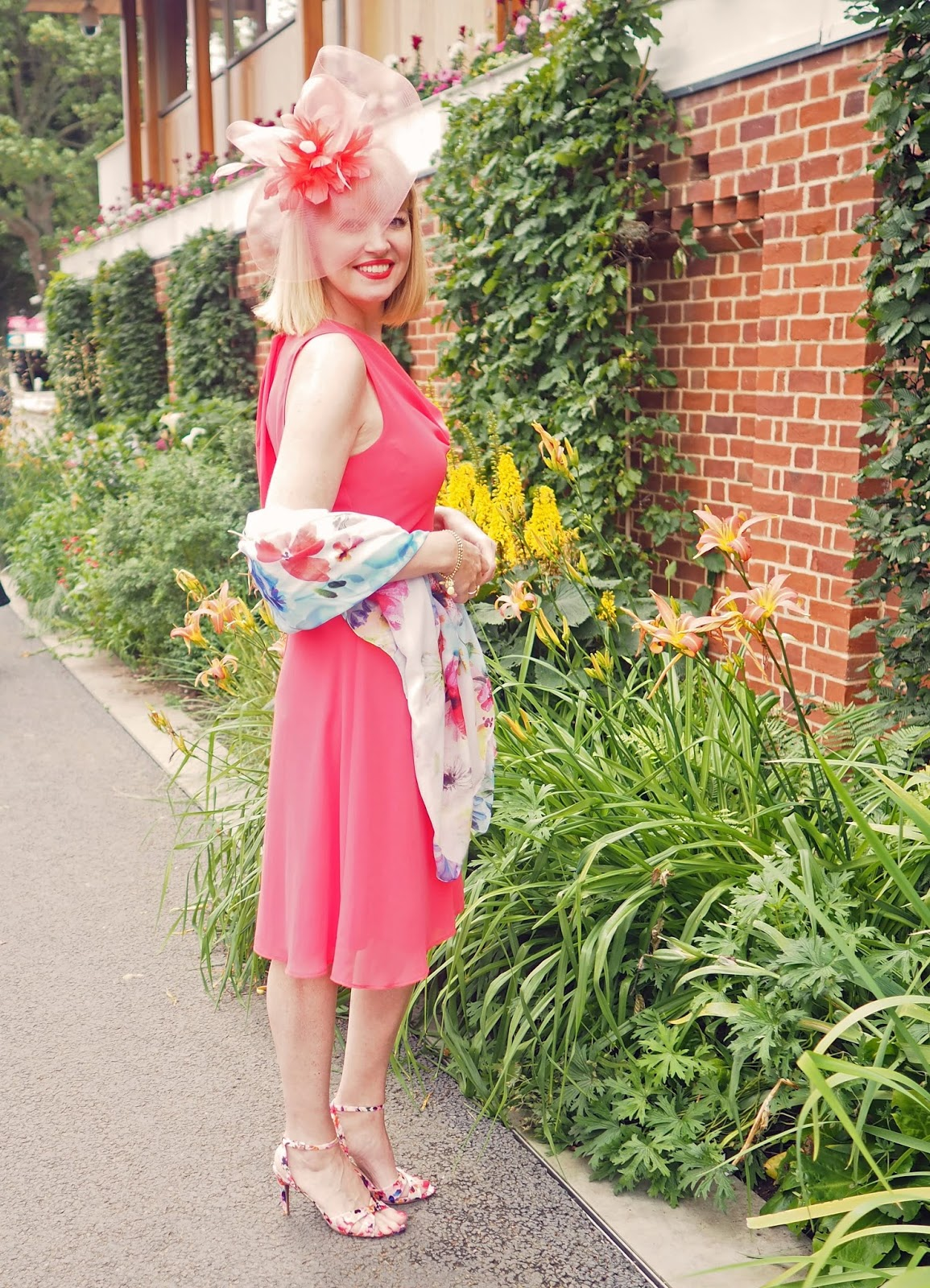 York-races-outfit-coral-dress-floral-scarf-fascinator-floral-sandals