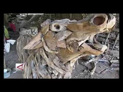 patung hewan dari limbah kayu jati