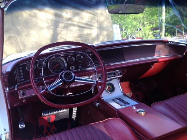 Daily Turismo White Lightning 1963 Chrysler 300 Pacesetter