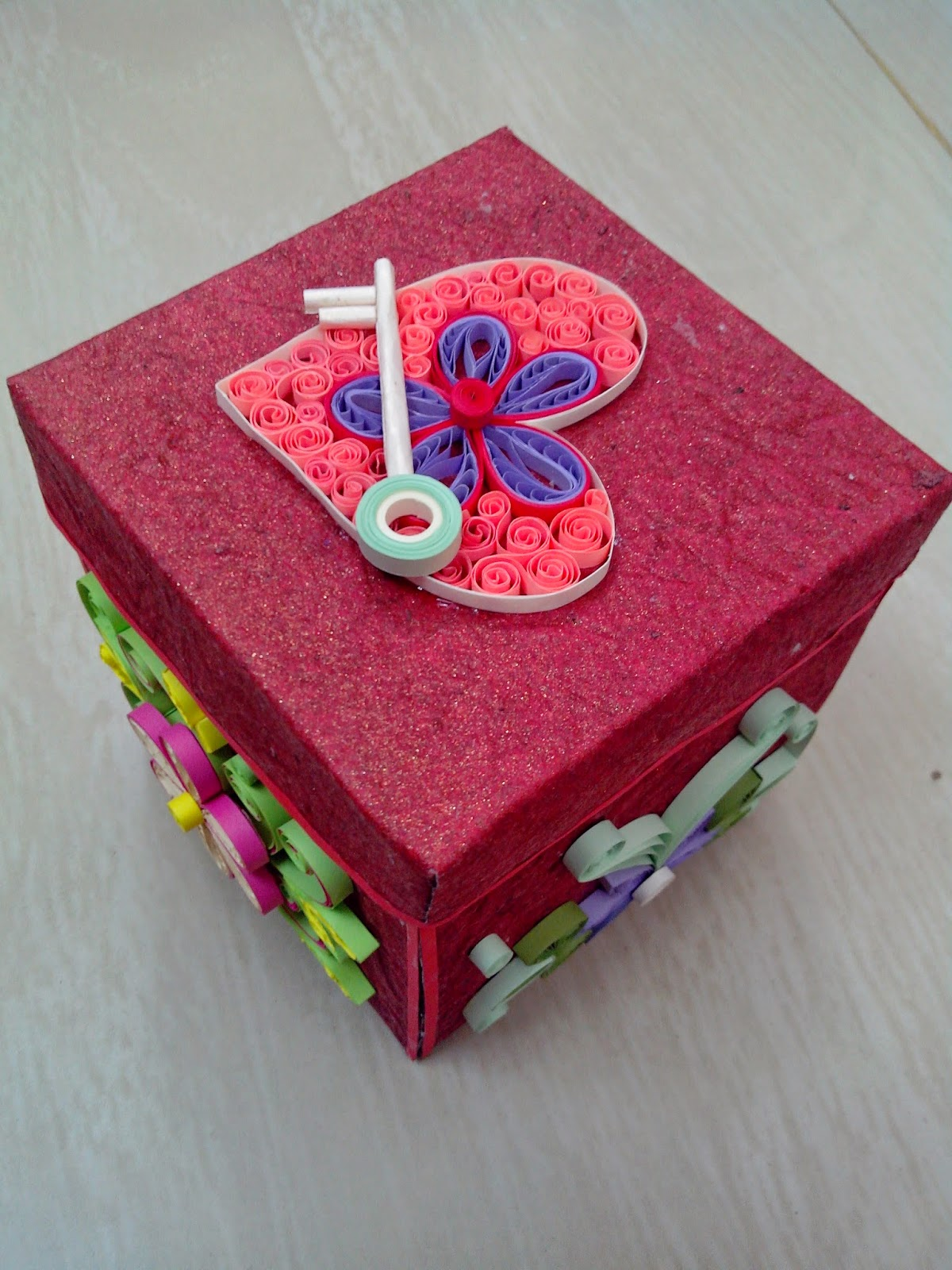 explosion box card, quilled card, quilled explosion box, paper craft, quilling, quilling card