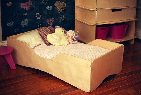 Cool Toddler Bed: Universal Design Bedroom Furniture