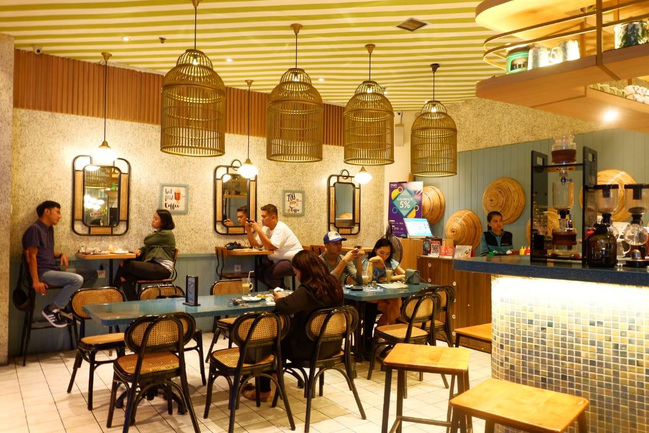 Lurik coffee and kitchen tempat buka puasa favorit di jakarta