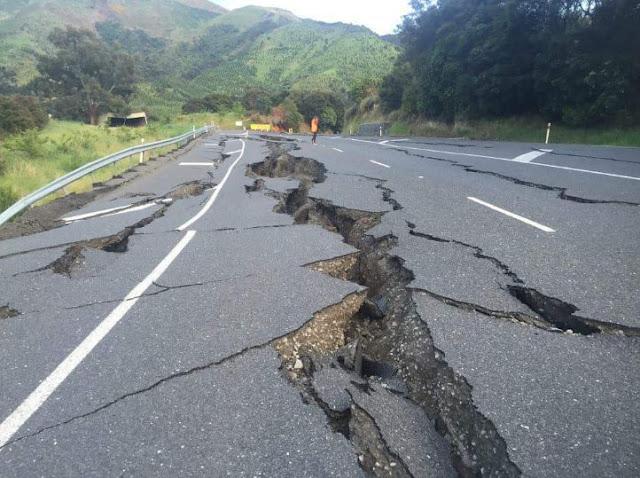 Dua Umar dan Gempa Bumi