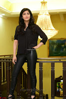 Shruti Haasan Looks Stunning trendy cool in Black relaxed Shirt and Tight Leather Pants ~ .com Exclusive Pics 087.jpg