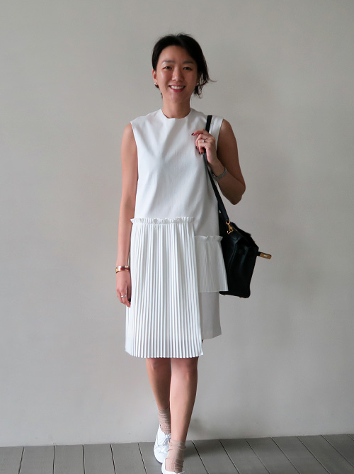 Asymmetrical Pleat Detailed Sleeveless Dress
