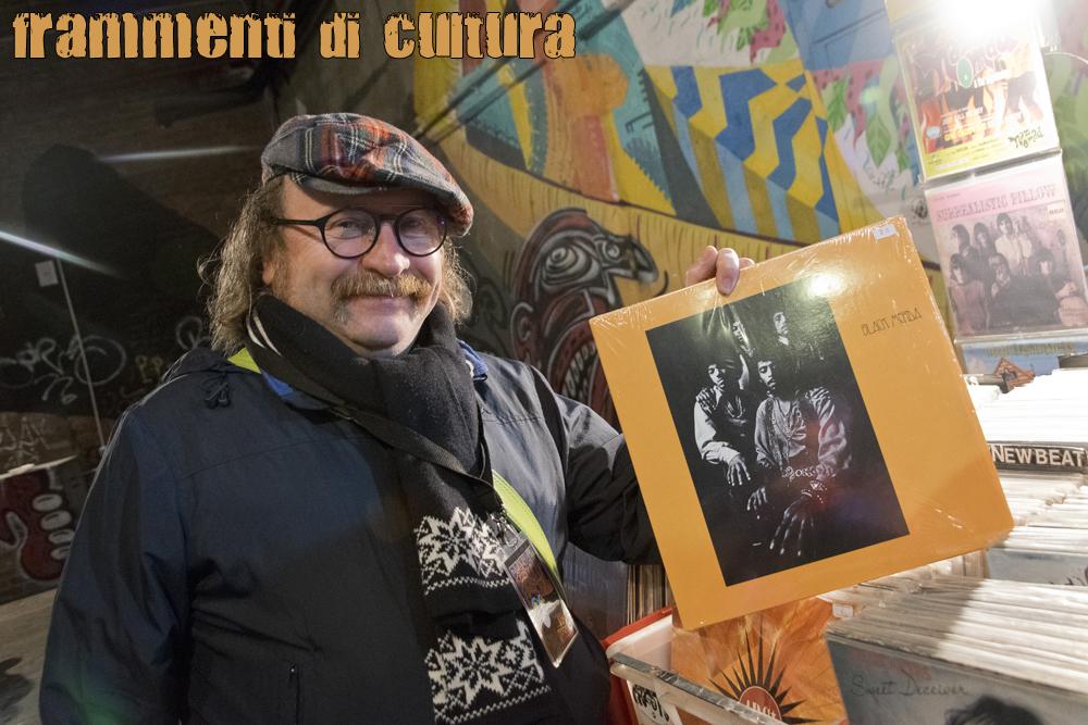 """Lele Roma, 53 anni, appassionato di musica, studioso di controcultura ha presentato la proiezione de: """"I figli dello stupore"""" allo Psych Out Festival del 10 novembre 2018."""