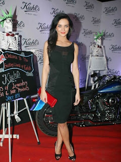 WWW..BLOGSPOT Actress Amy Jackson at Kiehl's Store Launch Event Picture Stills Gallery 0002