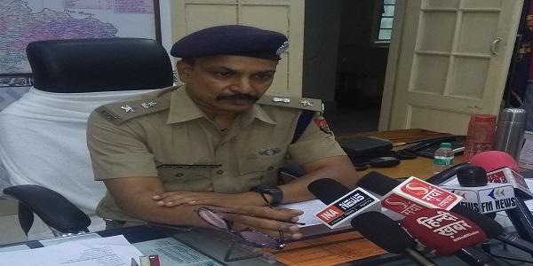 dindahade-teen-lakh-ki-loot-se-logo-va-police-me-machii-khalbali