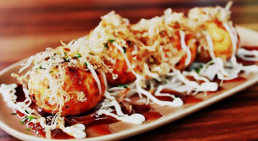 Takoyaki Makanan Jepang Enak Terpopuler Di Indonesia - Planet Jember 8a93626d23