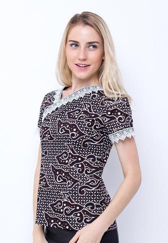 Model Batik Wanita Gemuk