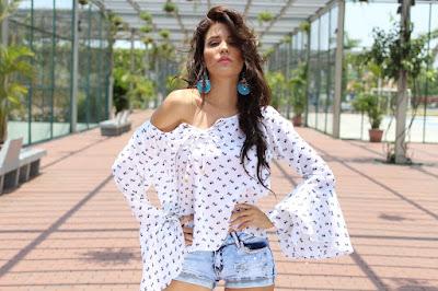Top 5 bluze pentru femei pe care trebuie sa le ai in garderoba