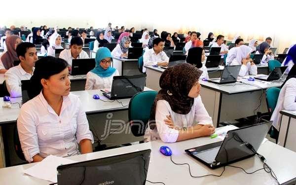 Tahun 2016 Ini Pemerintah Akan Mengangkat 7.000 Orang Guru, Untuk Daerah Pinggiran