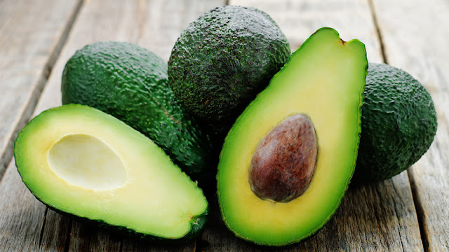Why you should never throw away avocado seeds!
