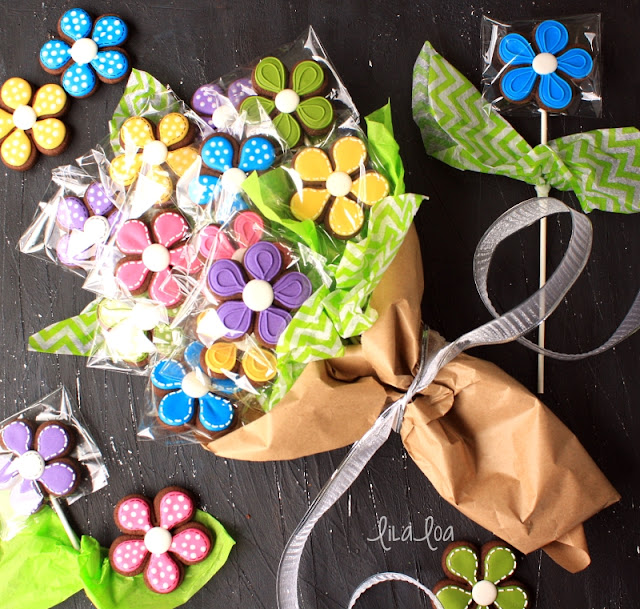 Wrapped cookie bouquet for Mother's Day or Teacher Appreciation