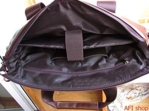 túi đựng ipad thiết kế bên trong rộng thoải mái