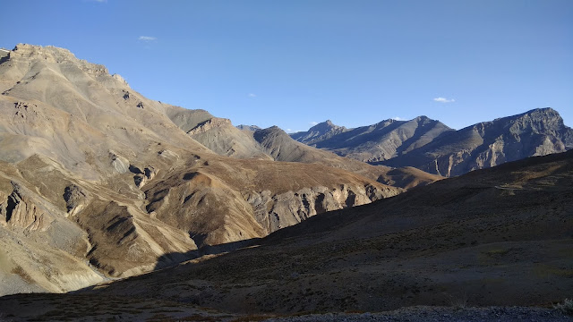 Leh Ladakh Bike Trip, Nakeela Pass